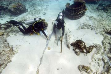 Documenting shipwreck sites at Pearl and Hermes